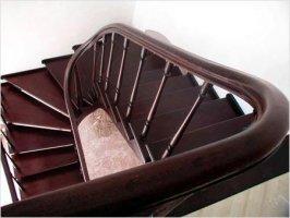 Строительство деревянной лестницы: с чего начать?