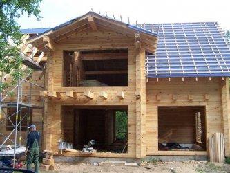 Преимущества индивидуальных и типовых проектов деревянных домов